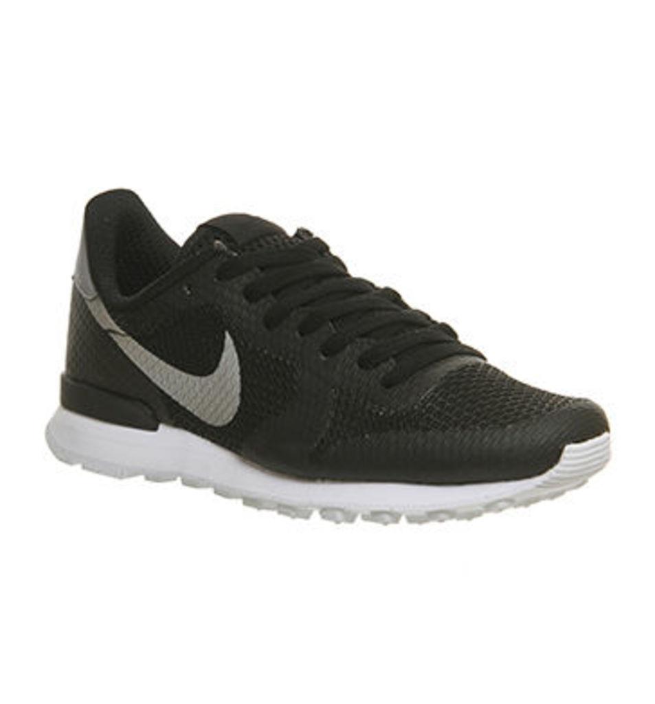 Nike Internationalist BLACK METALLIC SILVER WHITE