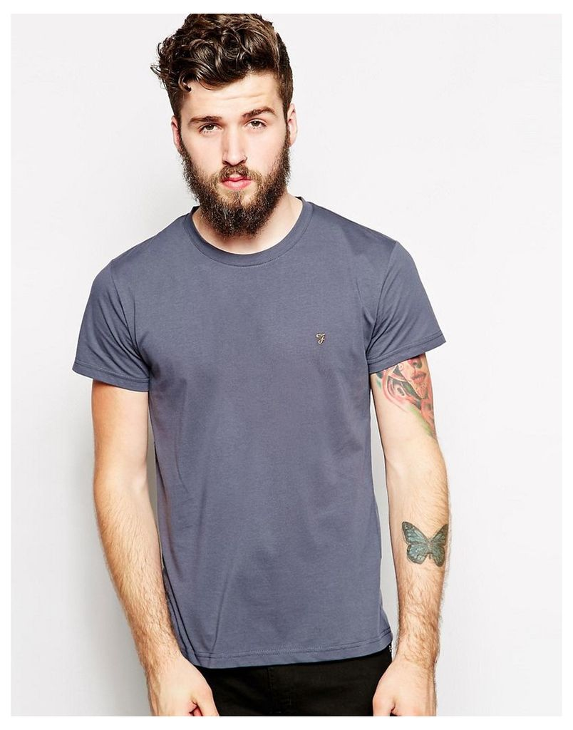 Farah T-Shirt with F Logo in Slim Fit - EXCLUSIVE - Tar