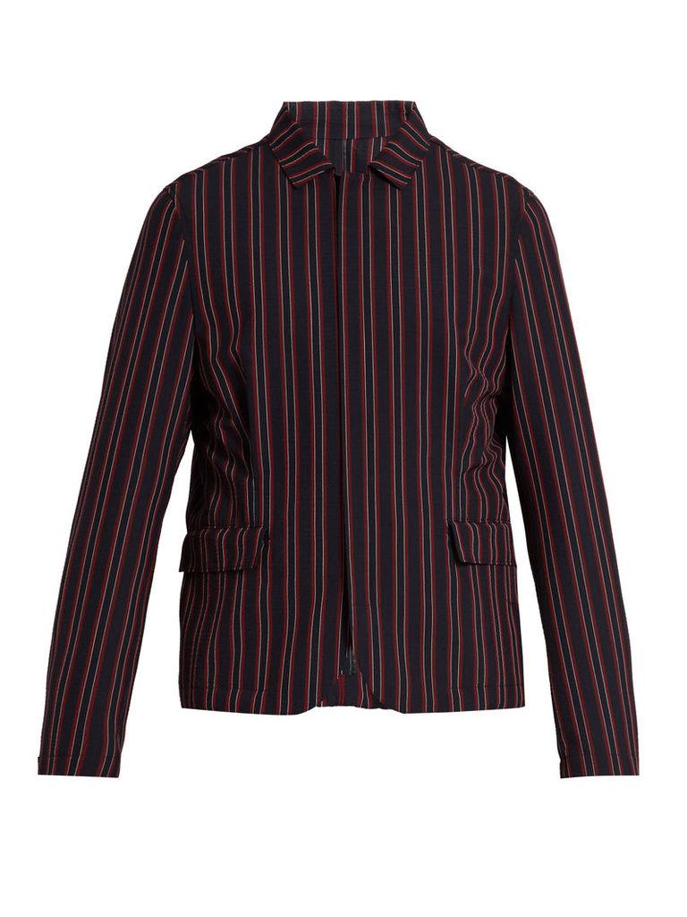 Point-collar striped blazer