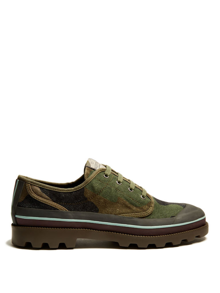 Camouflage-print canvas derby shoes