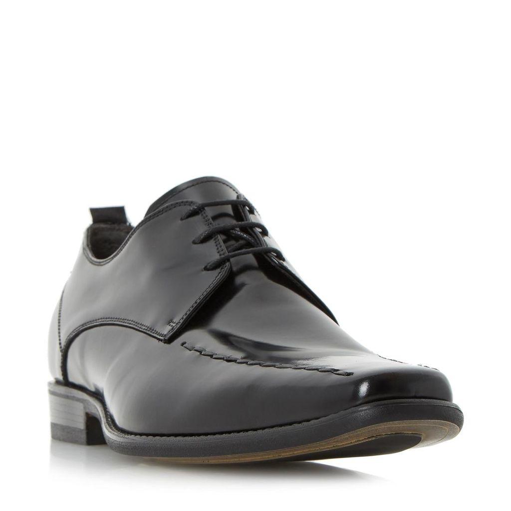 Rhapsody Stitch Detail Tramline Gibson Shoe
