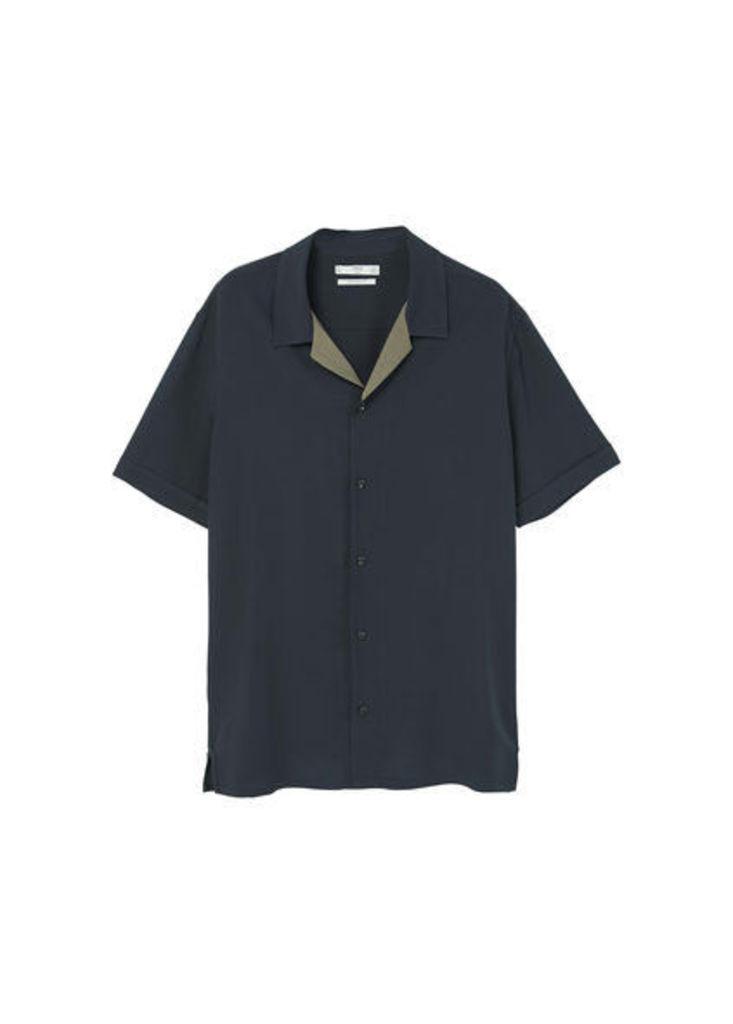 Regular-fit contrast collar shirt