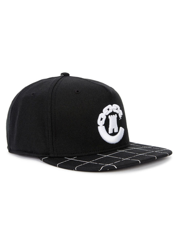 Black embroidered twill cap