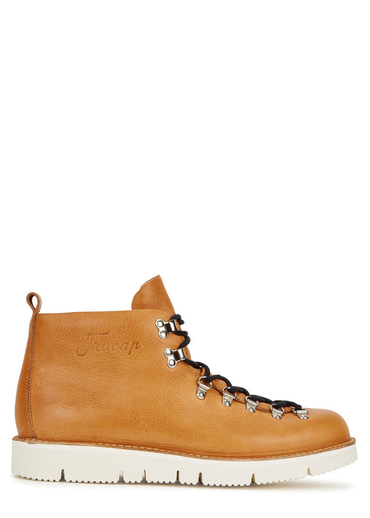 M120 light brown leather boots