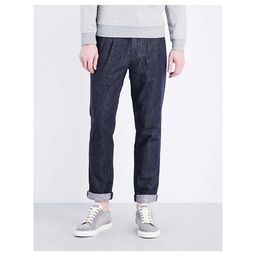 Leisure-fit tapered denim jeans