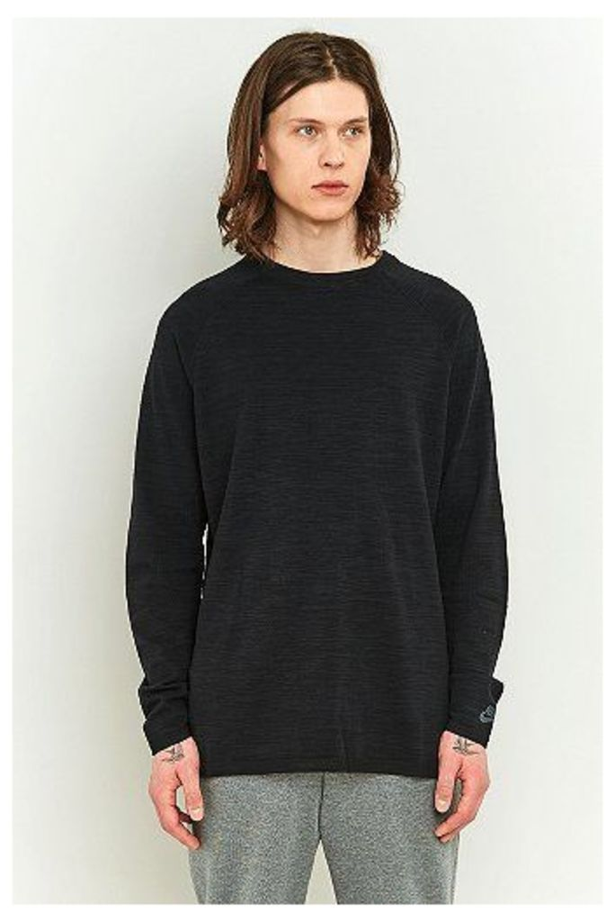 Nike Sportswear Tech Knit Crewneck Sweatshirt, Black