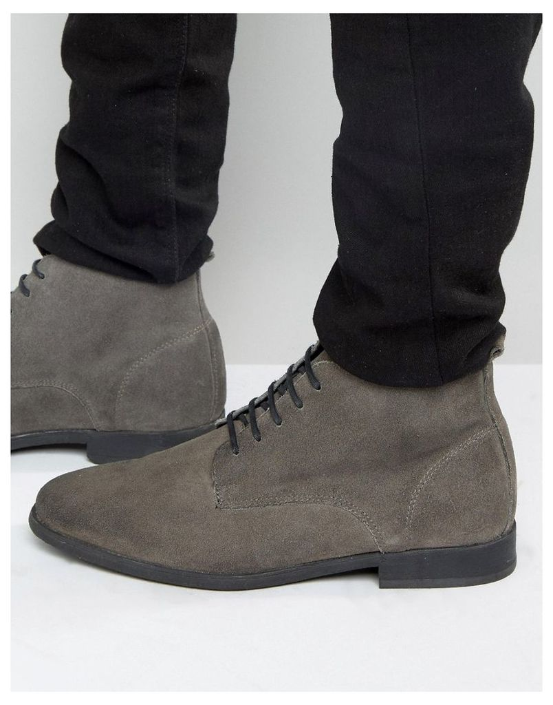 ASOS Lace Up Chukka Boots in Burnished Grey Suede - Grey