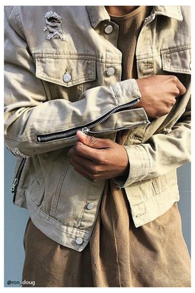 Distressed Zipper Denim Jacket
