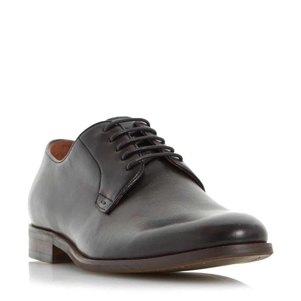 Reade Round Toe Gibson Shoe
