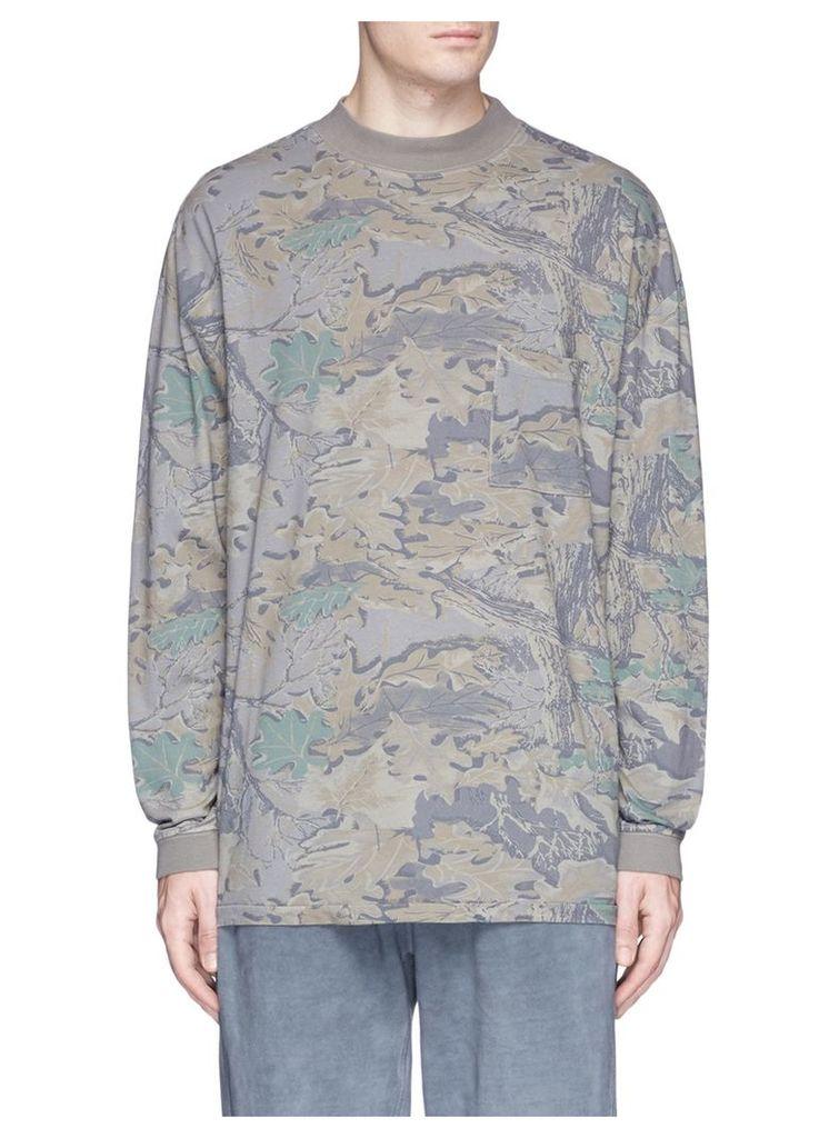 Leaf camouflage print long sleeve T-shirt