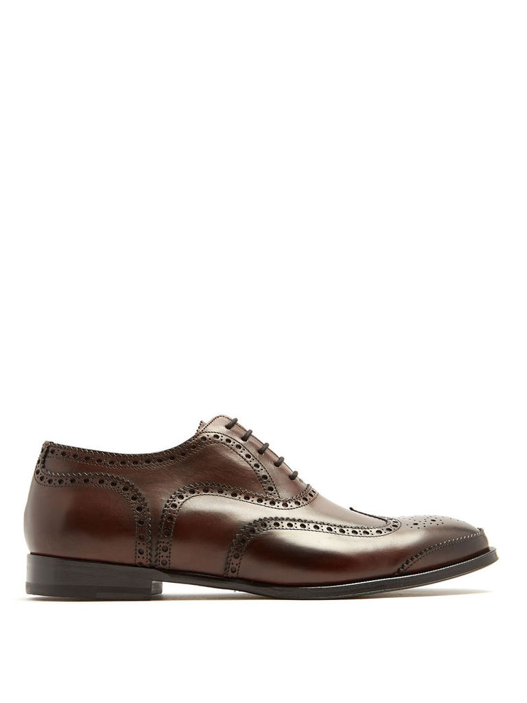 Lace-up leather brogues