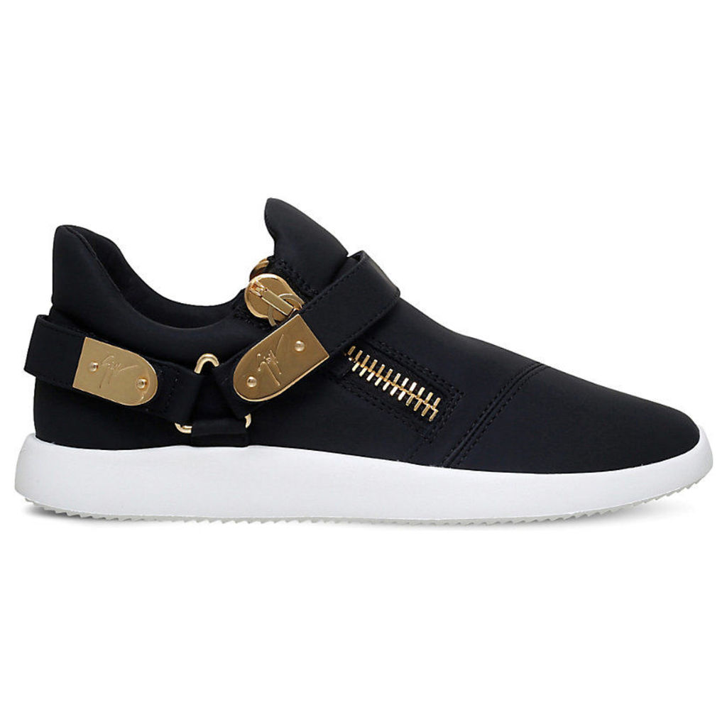 Giuseppe Zanotti Runner clasp-detail low-top leather trainers, Mens, Size: EUR 42 / 8 UK MEN, Black