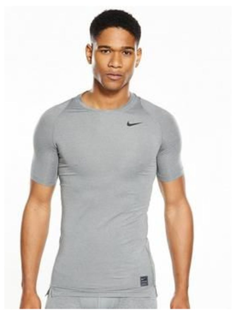 Nike Pro Cool Short Sleeve Top