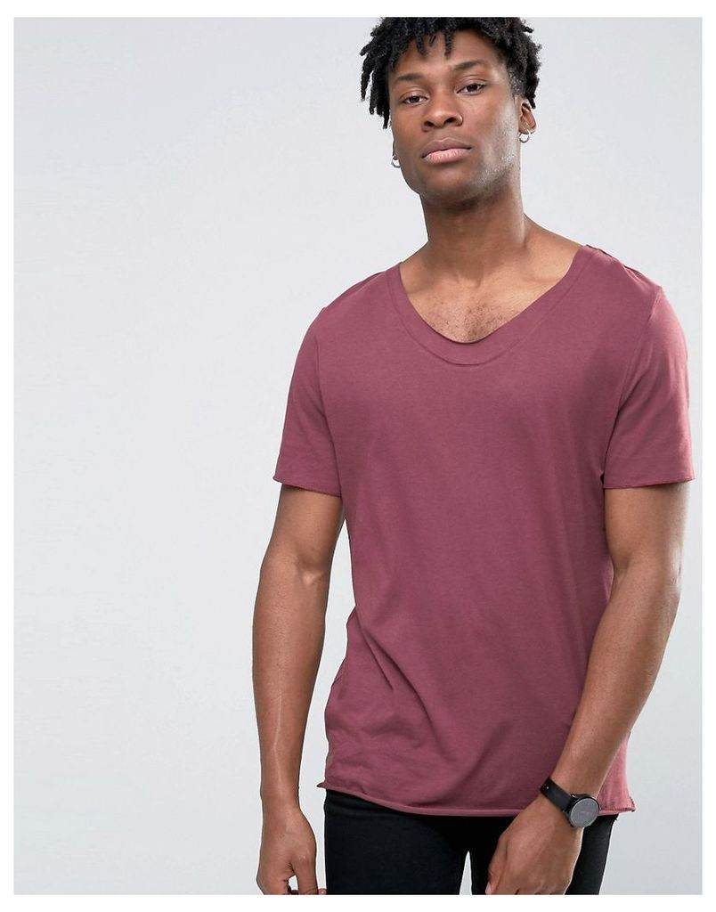 ASOS Longline T-Shirt With Raw Neck Detail In Red - Regal
