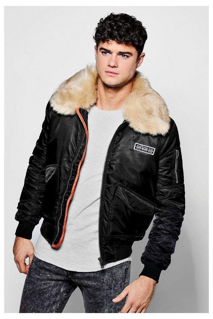 Jacket With Oversized Faux Fur Collar - black