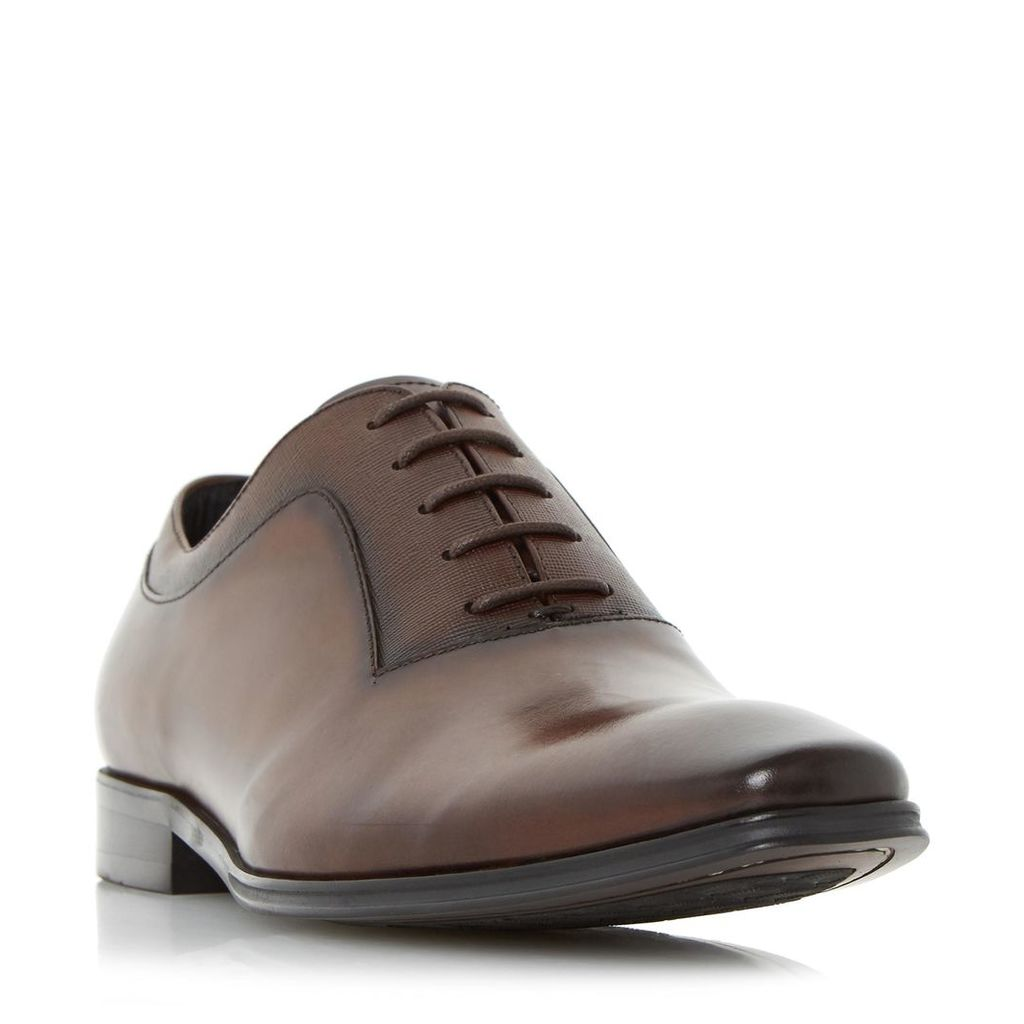 Rancho Embossed Detail Oxford Shoe