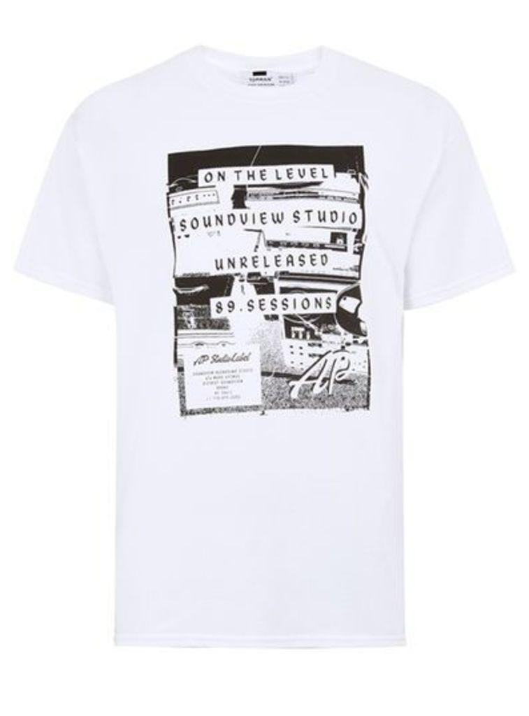 Mens White 'Soundview' Print T-Shirt, White