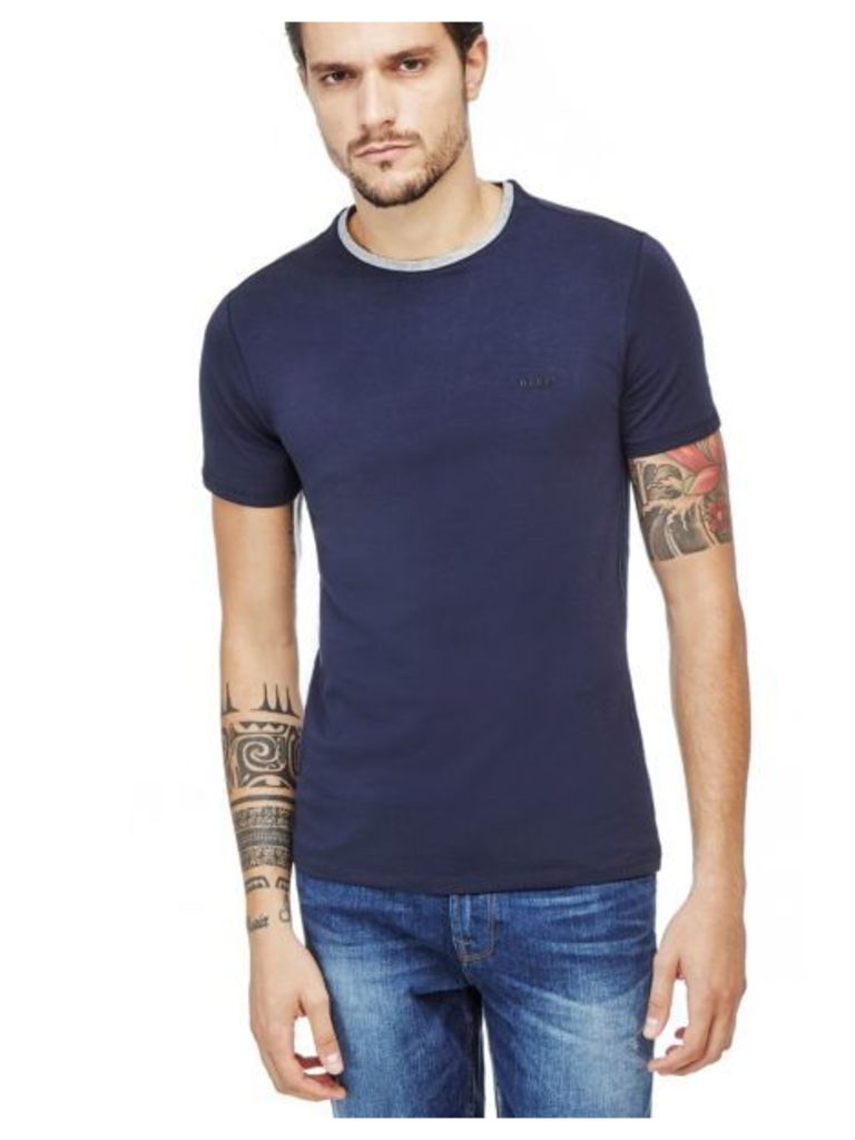 Guess T-Shirt With Trimmed Neckline