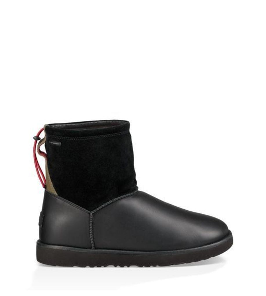 UGG Classic Toggle Waterproof Mens Boots Black 8
