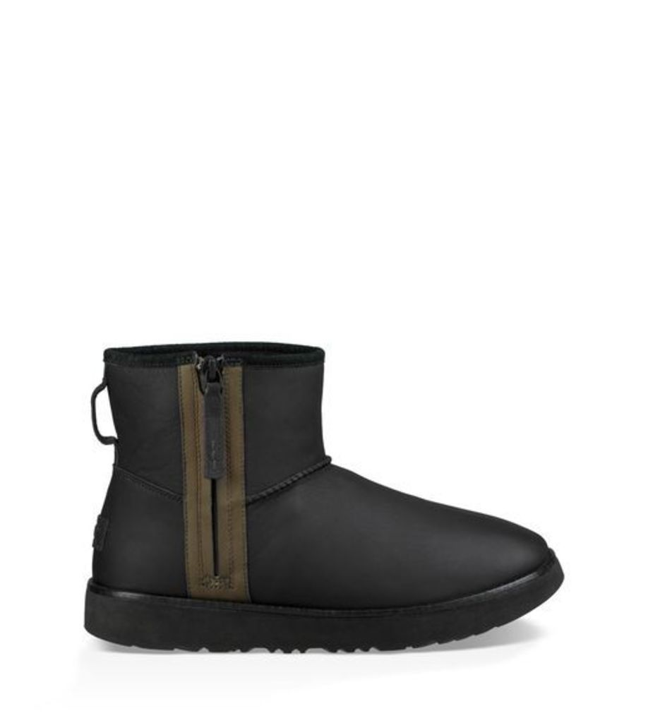 UGG Classic Mini Zip Waterproof Mens Boots Black 10